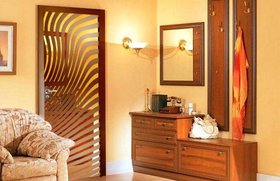 Межкомнатная стеклокаркасная дверь Axioma в дизайне